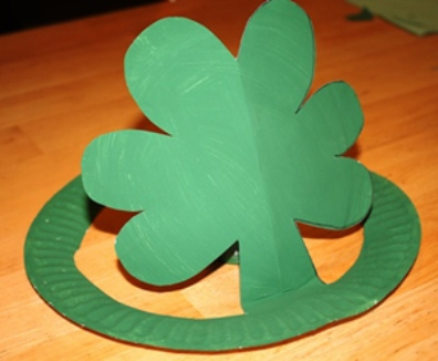 Take & Make St. Patrick's Day Hats: Craft Kits for Kids - Limited Supply / Contact the Library to schedule a pick up